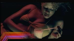 Kelis - Milkshake - (VH1HD Music Video) MPEG4 DD 2.0 HDTV 1080i