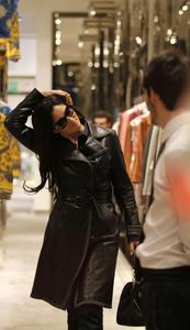 Моника Беллуччи, фото 1579. Monica Bellucci Shopping in Milan, Italy 01-03-2012, foto 1579