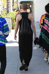 http://img160.imagevenue.com/loc395/th_970849990_rose_mcgowan_see_thru_and_pokies_while_out_and_about_in_beverly_hills_11_123_395lo.jpg