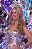 th_20818_Victoria_Secret_Celebrity_City_2007_FS_7520_123_706lo.jpg